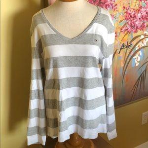 Tommy Hilfiger Grey & White LS T-shirt Sz. XL